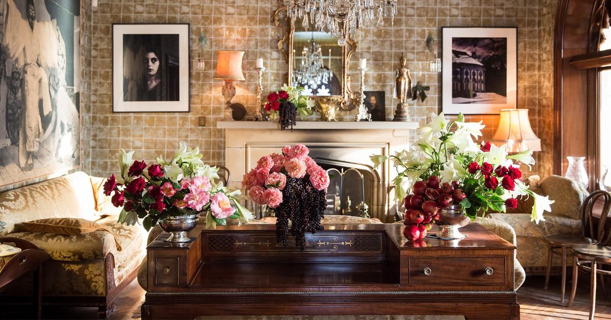 Gợi ý 5 cách cắm hoa tuyệt vời cho mọi bàn trà