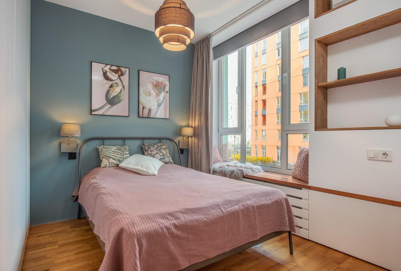 Kệ trang trí phòng ngủ đẹp mà bạn không thể bỏ qua?